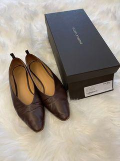 🛍隨便賣🛍BV 新設計師修長小羊皮平底鞋 - 明顯穿著痕跡