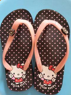 Hello kitty Frozen slippers not nike zaxy melissa