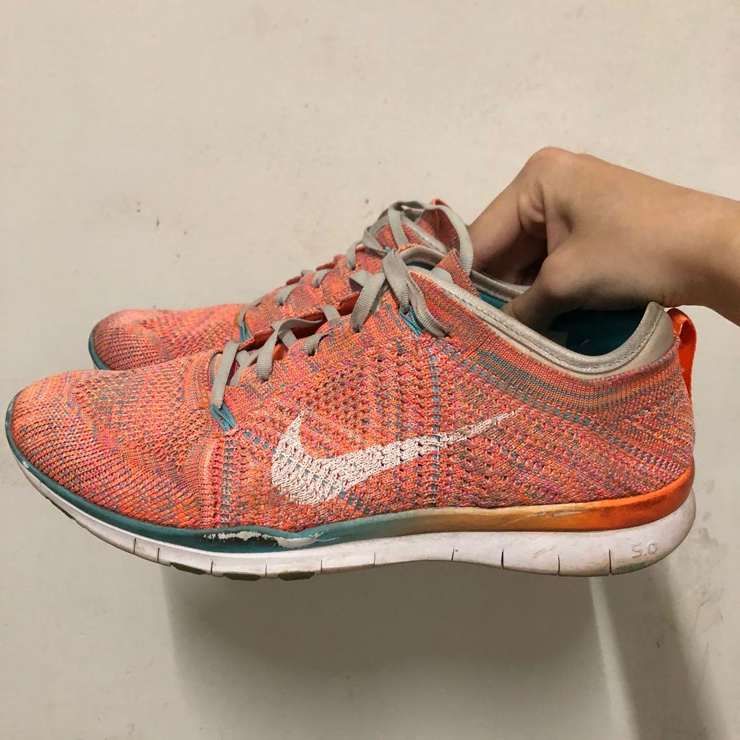 Nike 跑鞋