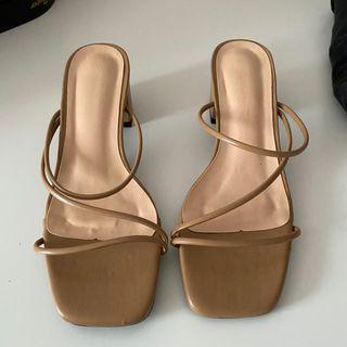 Shein Beige Sandals Sz 5