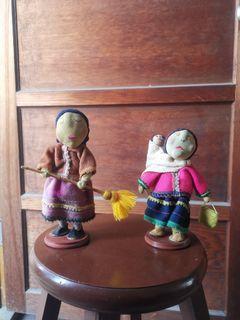 手工娃娃,背小孩與掃地(布製)