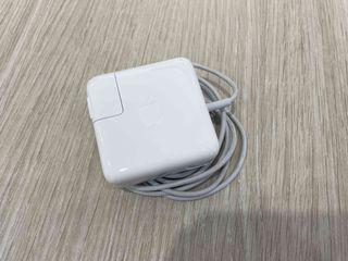 原廠二手 Apple MagSafe2 電源供應器 45W Macbook Air 專用 只要1200 !!!