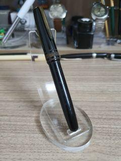 Advokat Piston Filler Fountain Pen