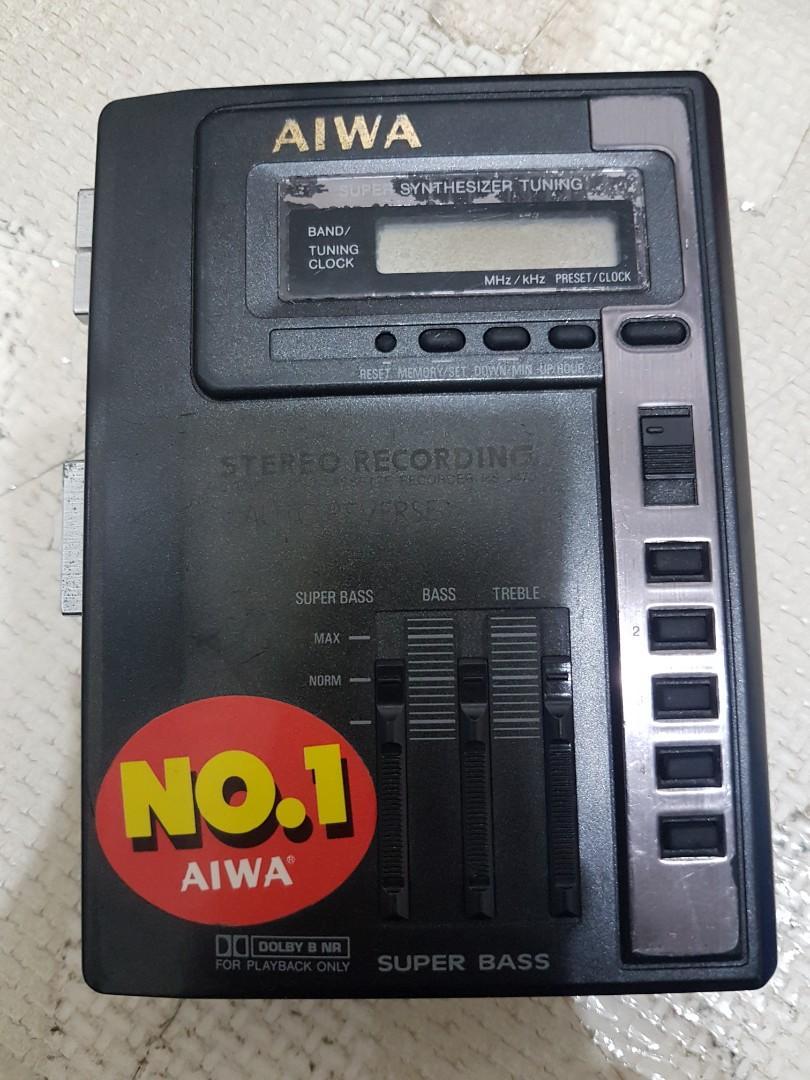 早期AIWA 卡帶隨身聽