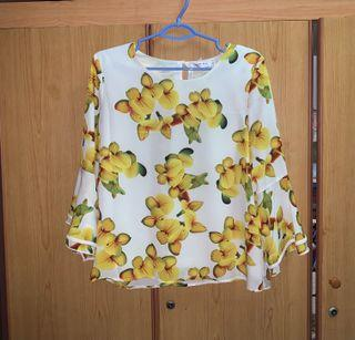 (BNWT) Yellow Floral Blouse