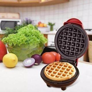 NEW Free delivery Mini WAFFLE maker