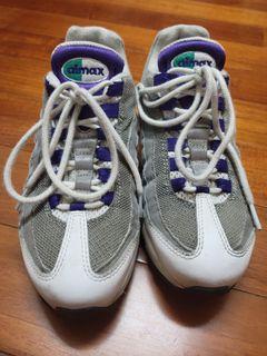 Nike Air max95  尺寸23.5