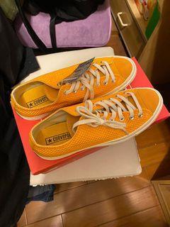 Woodstuck 褲子 x2 + converse + 2雙涼鞋