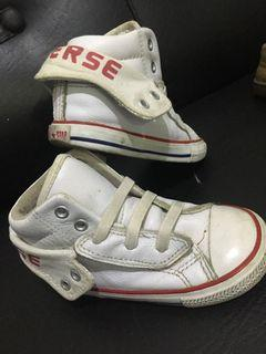 Buy 1 take1 Converse rubber shoes &peter pat sandals