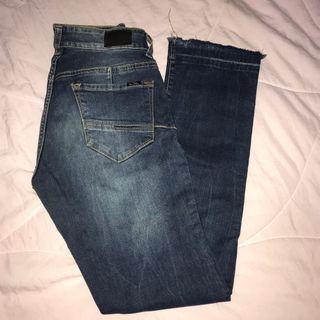 Jeans unfinish