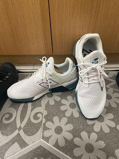 New balance us9 27cm  休閒復古鞋中性款