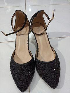 Preloved Lawrensia sequin black heels
