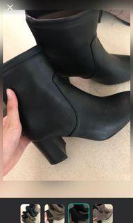 (清貨 原價7xx 只有一對 有單有盒) Korean woman boots / shoes 絨毛