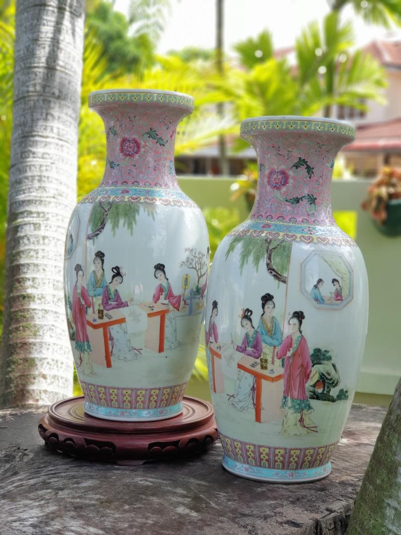 Vintage Chinese Vase with Traditional Girls