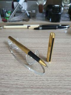 DUNHILL GOLD-PLATED ROLLERBALL PEN
