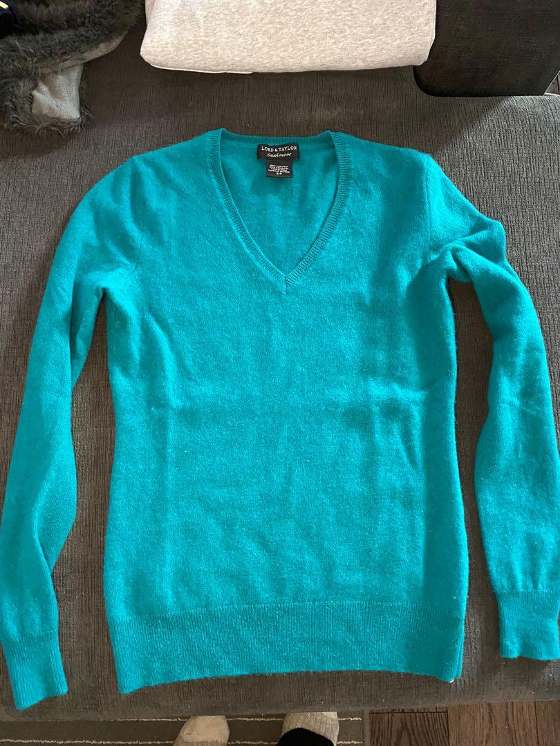 Lord & Taylor women's cashmere sweater size small