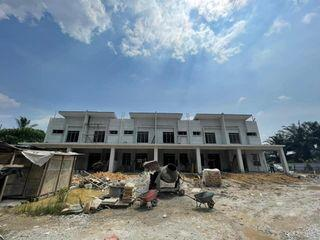 Only 2 non bumi unit left! NEW 2 Storey Terrace House Taman Dato Hormat