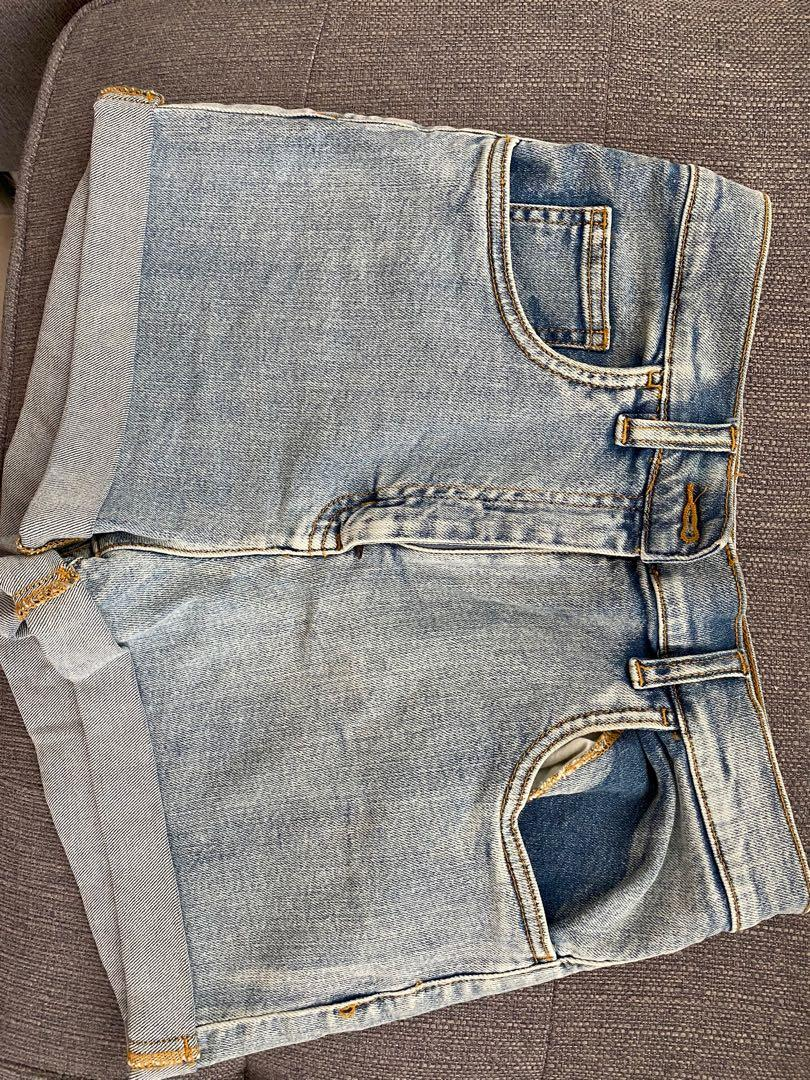 Wilfred free size 10 Jean shorts