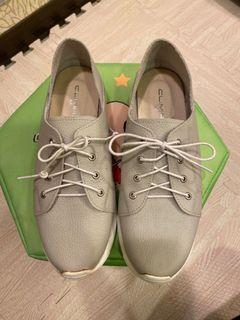 真皮休閒鞋