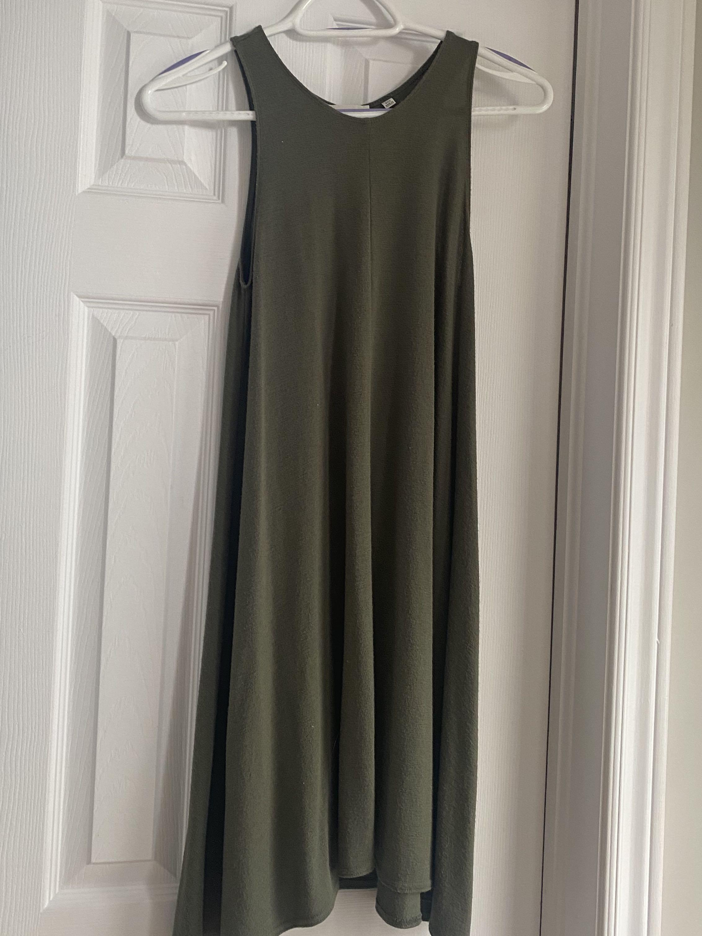 Aritzia Wilfred Free Dress - Olive Green XXS Similar to Pensacola and Dunes dresses
