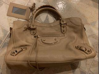 Balenciaga city bag in beige (not chancel/LV)