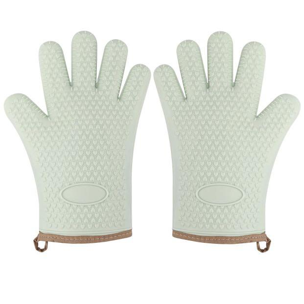 Brand new Silicone Oven Mitts, Heat Resistant Gloves and Waterproof
