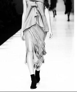 Etterette by Vivian Lee black skirt