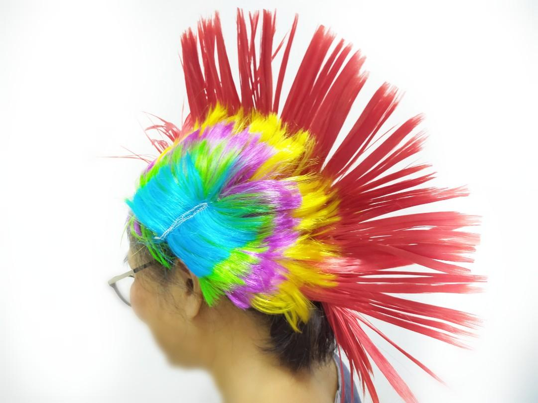 Multicolour Mohank Party Hat with led lights