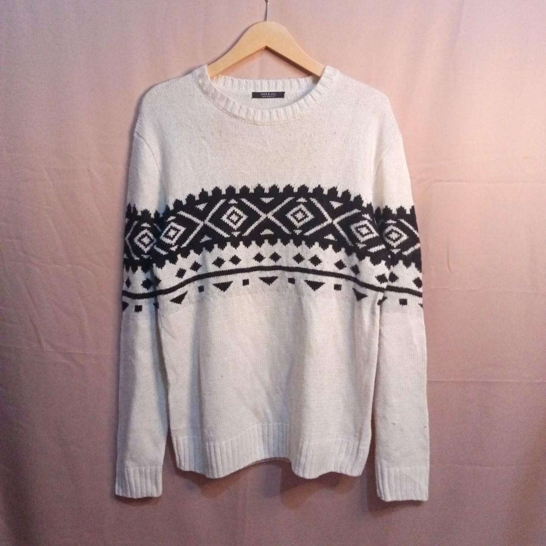 Oversize Sweater motif Etnik