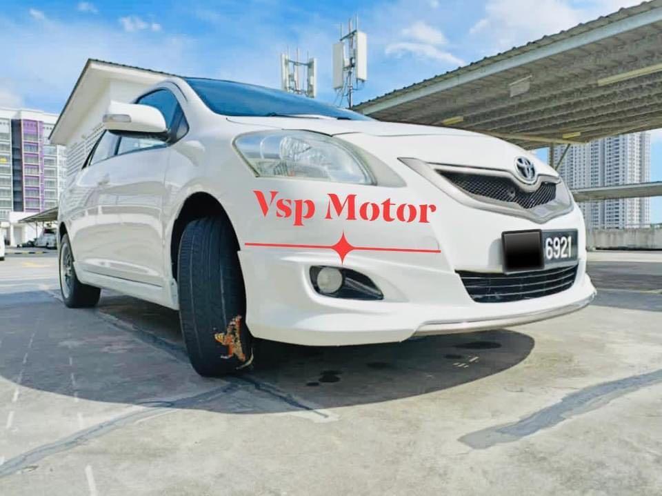 Toyota Vios 1.5 auto- white
