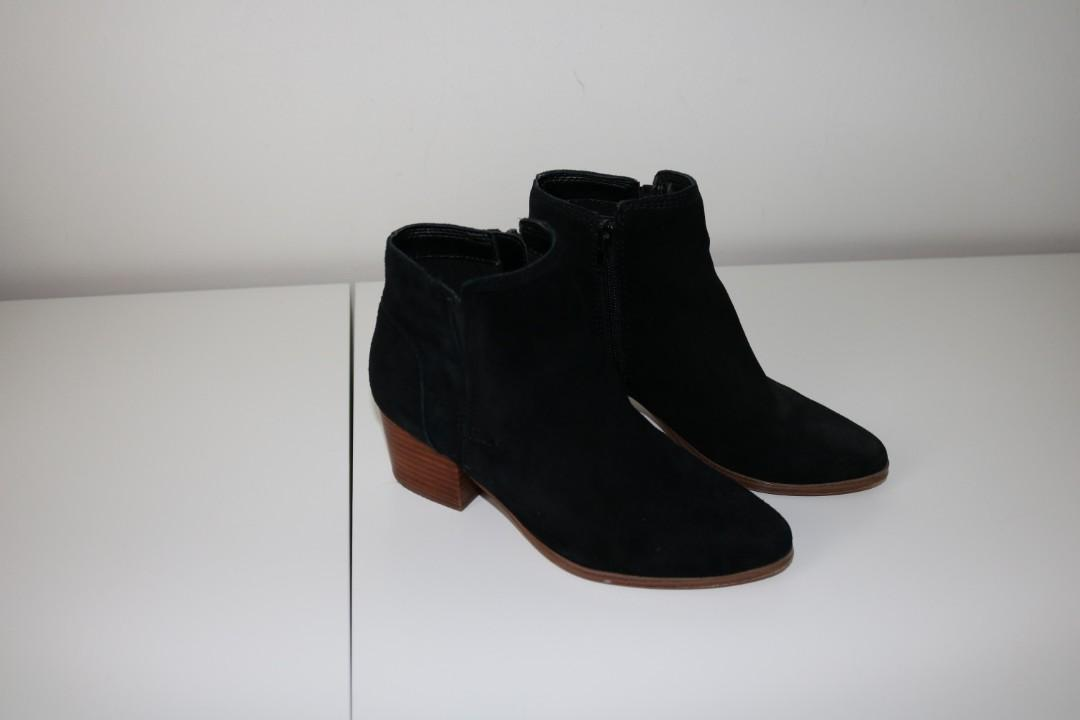 Used Aldo Black Boots with Heels