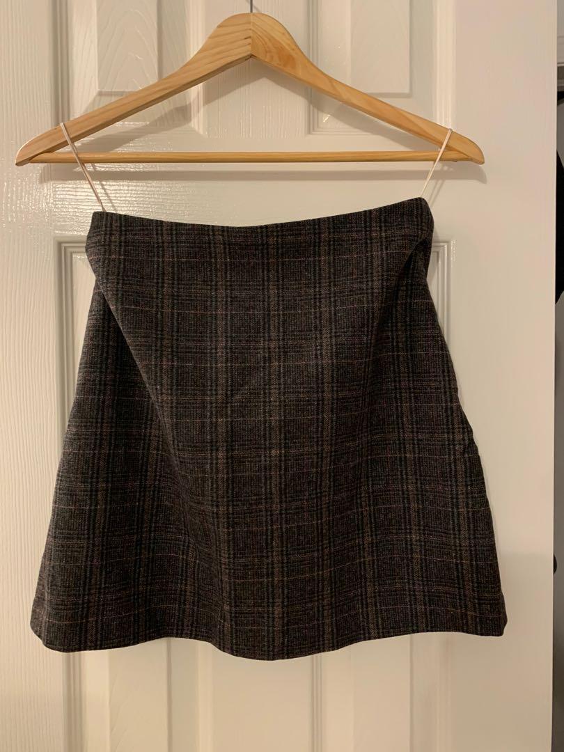 Aritzia Wilfred new classic mini skirt size 4