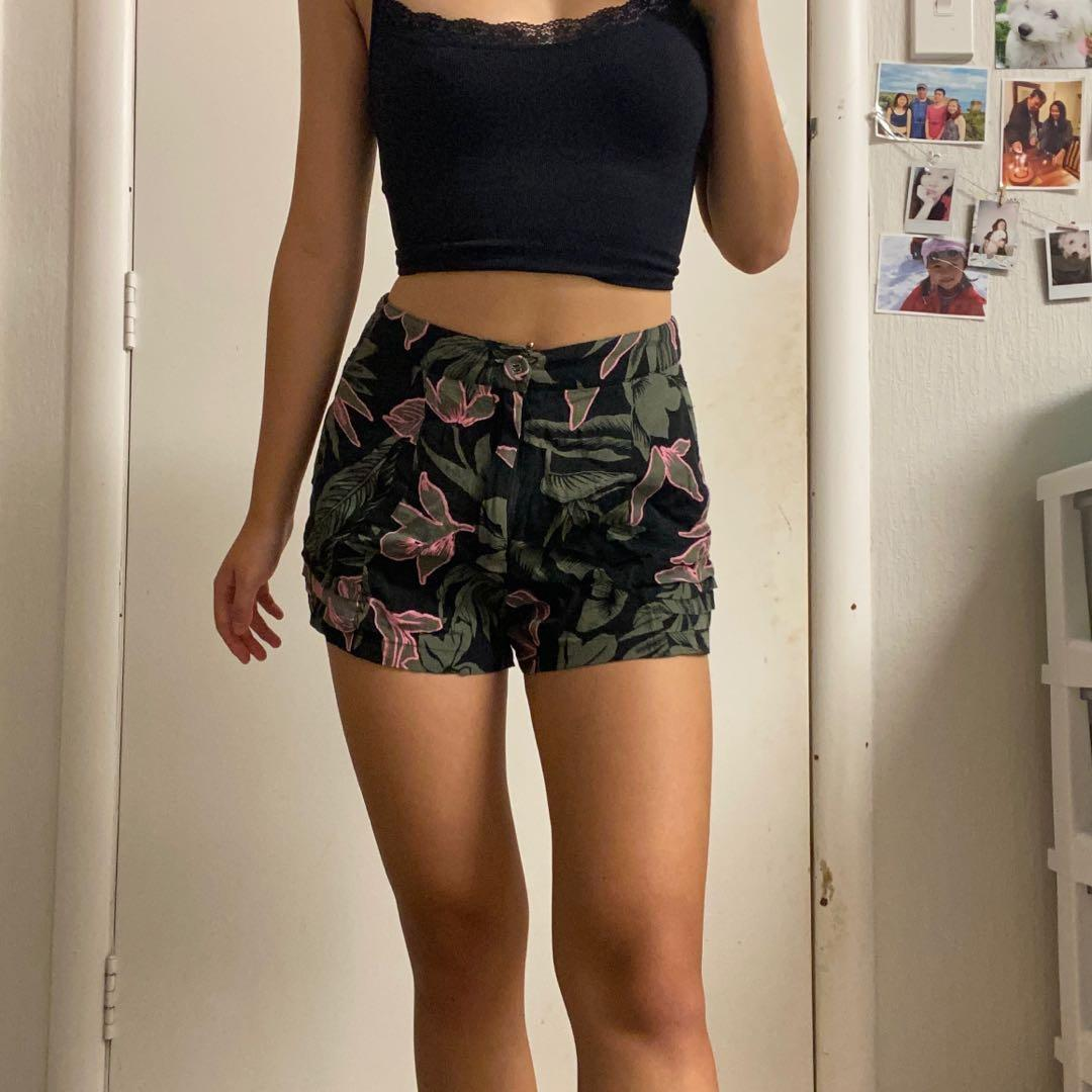 Floral patterned high waisted shorts