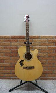 Guitar 吉他