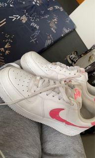 nike air force 1's size 8