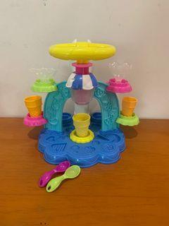 Play Doh (2 sets)