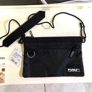 全新Puma側背小包