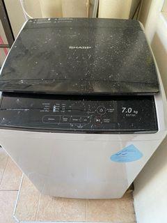 Sharp Washer very new