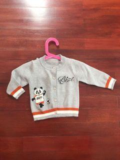 Sweater baby