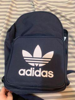 Adidas正版後背包(很新)