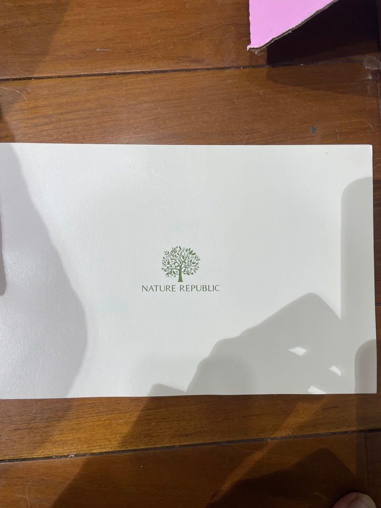 EXO 12人 nature republic 寫真書