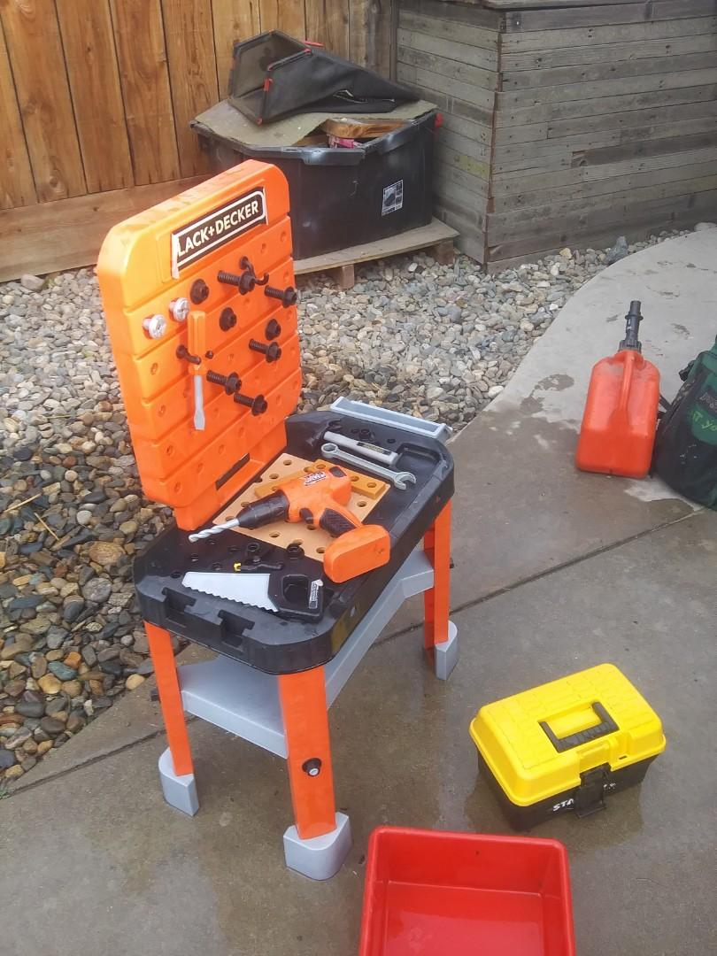 Junior tool bench and tools