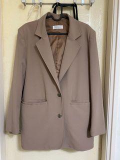 Tolaku極新正韓卡其色西裝外套 可議價喔
