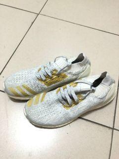 Adidas uncaged 絕版配色 鞋面會反光,原價6200