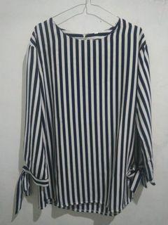 blouse garis navy