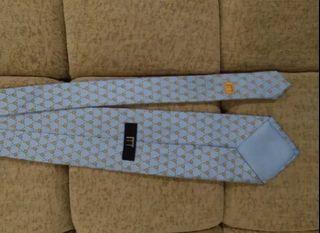 Dasi Dunhill, original, kondisi seperti baru, baru sekali pakai