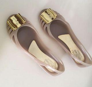 Flat Shoes Urban& Co (Salvatore Ferragamo look alike)