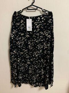 Floral printed black midi A line flare skirt