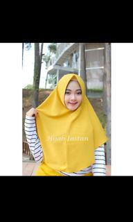 Hijab Instan non pet warna mocca..