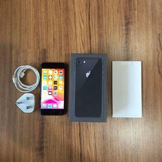 iPhone 8 Space Grey 64GB MY Set